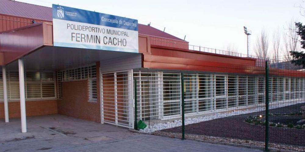 El polideportivo Fermín Cacho contará con dos pistas de pádel antes de final de año