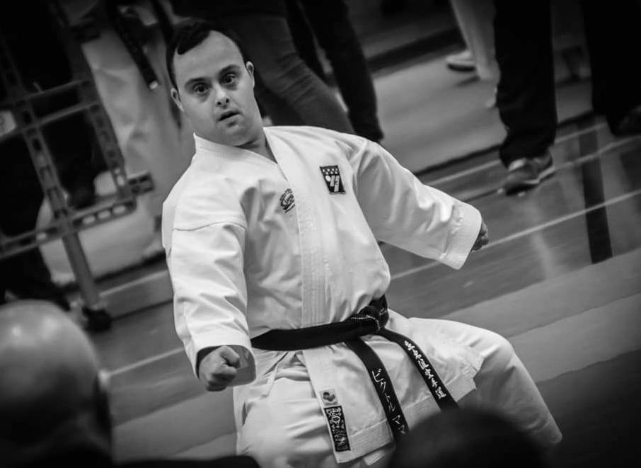 Víctor Manuel Prieto, un campeón de Para-karate