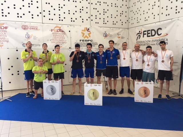 El Club Natación Adaptada Fuenlabrada continúa su progresión: 22 medallas en pruebas individuales en el Campeonato de España